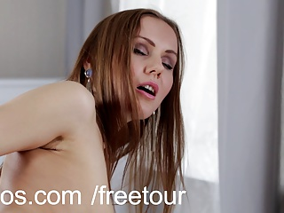 Multiple orgasms for hot mom
