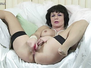 Kinky British mom dreaming of hard cock