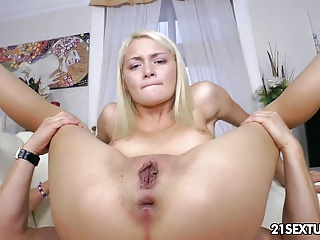 Sexy daughter butt fucked in skinny ass