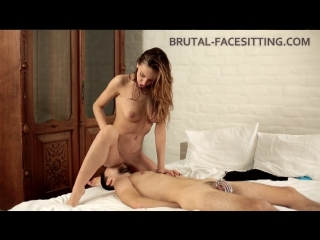 Brutal Facesitting Hazel Dew Гламурная лярва Femdom Facesitting Cunnilingus Pussy Worship And Lick Russians